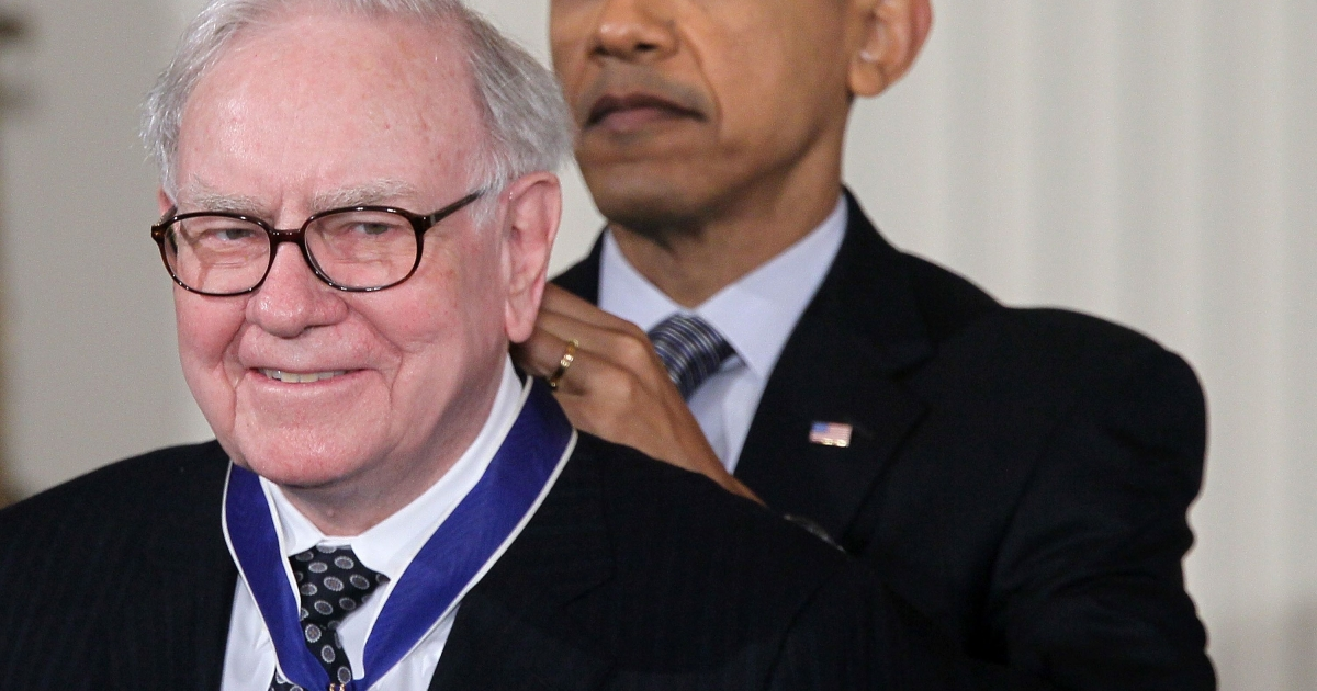 President Barack Obama presents Berkshire Hathaway chairman Warren Buffett with the 2010 Medal of Freedom at the White House Feb. 15, 2011. The medal is the highest honor awarded to U.S. civilians.</p>