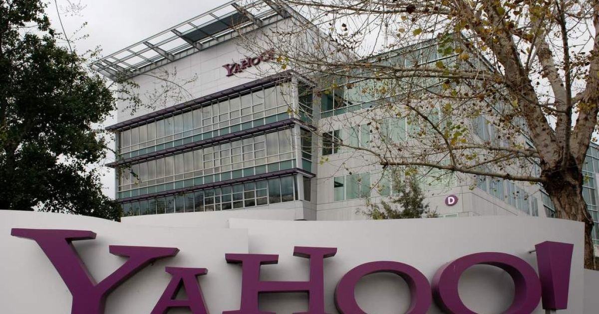 The Yahoo logo is seen on a sign outside of the Yahoo Sunnyvale campus January 22, 2008 in Sunnyvale, California.</p>