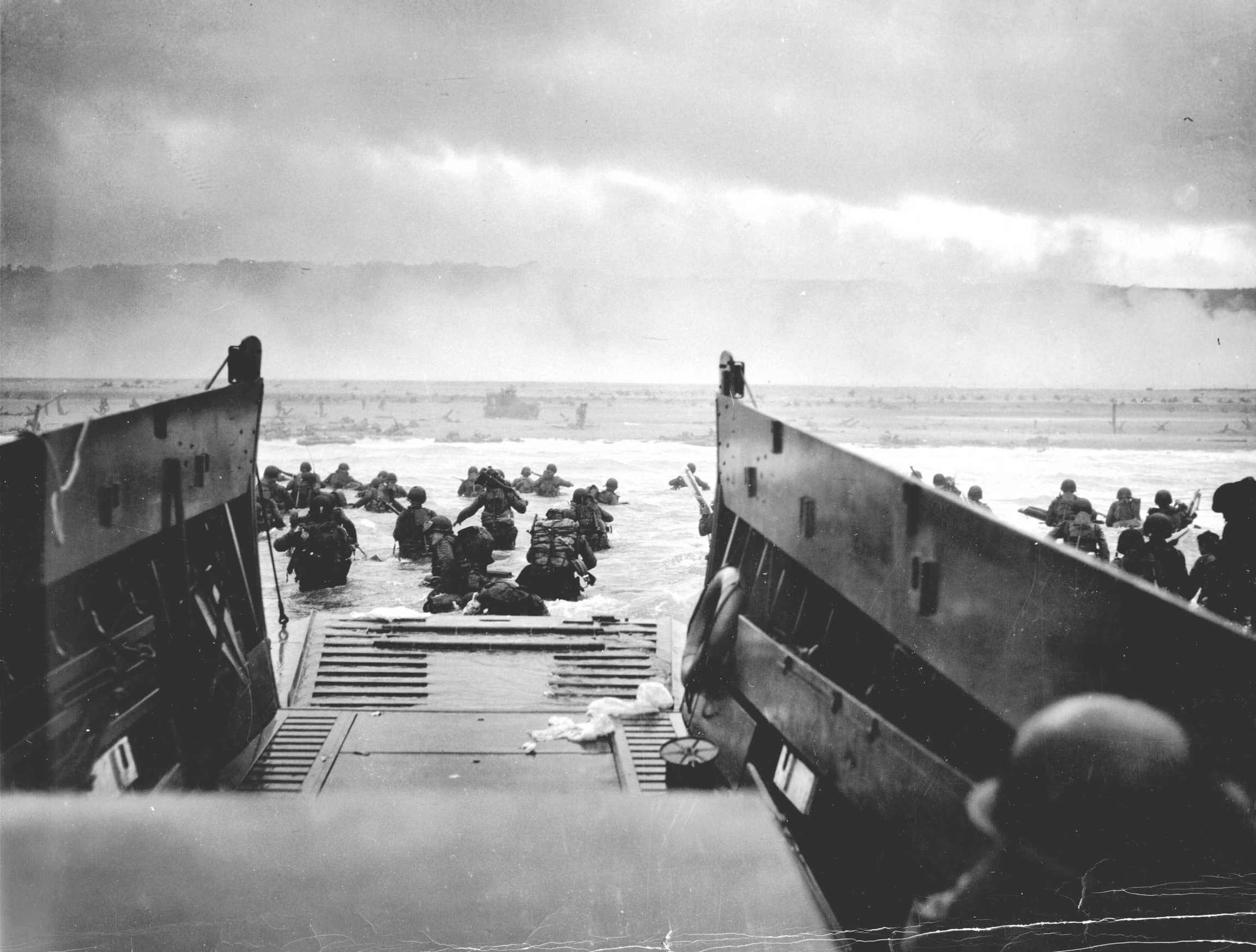 landing on Omaha beach in france for d-day