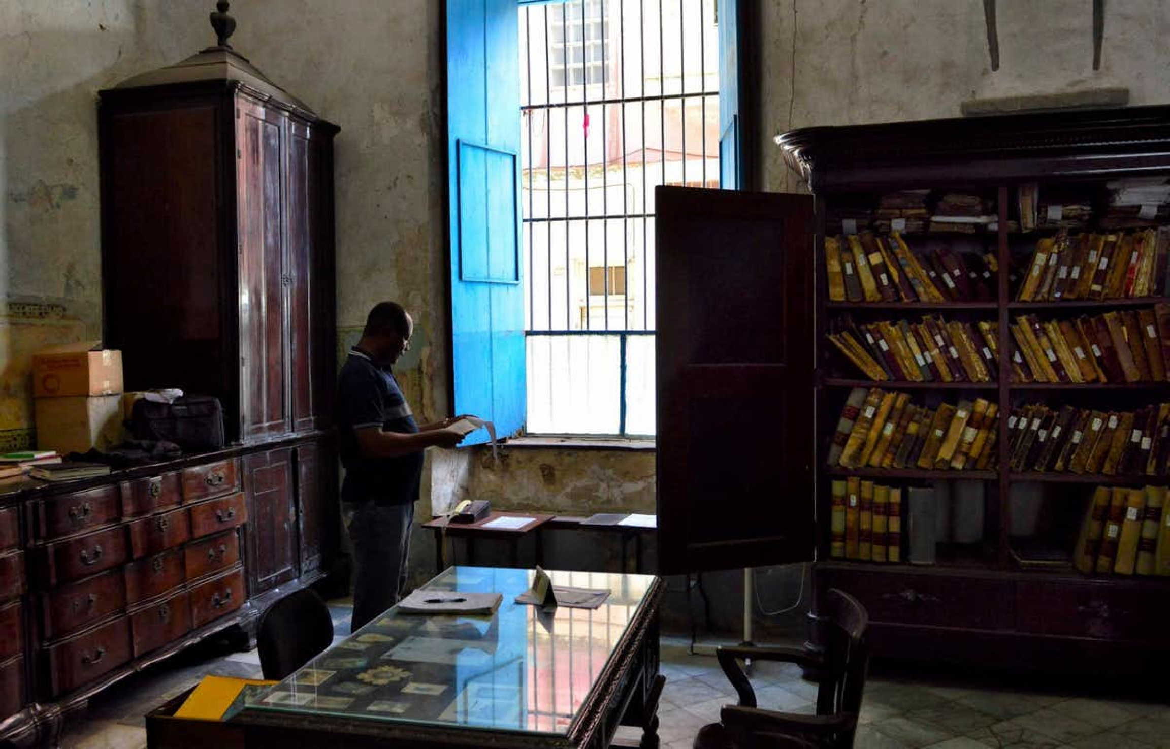 An archive in Cuba contains paper treasures that are hard to use and study —even in person.