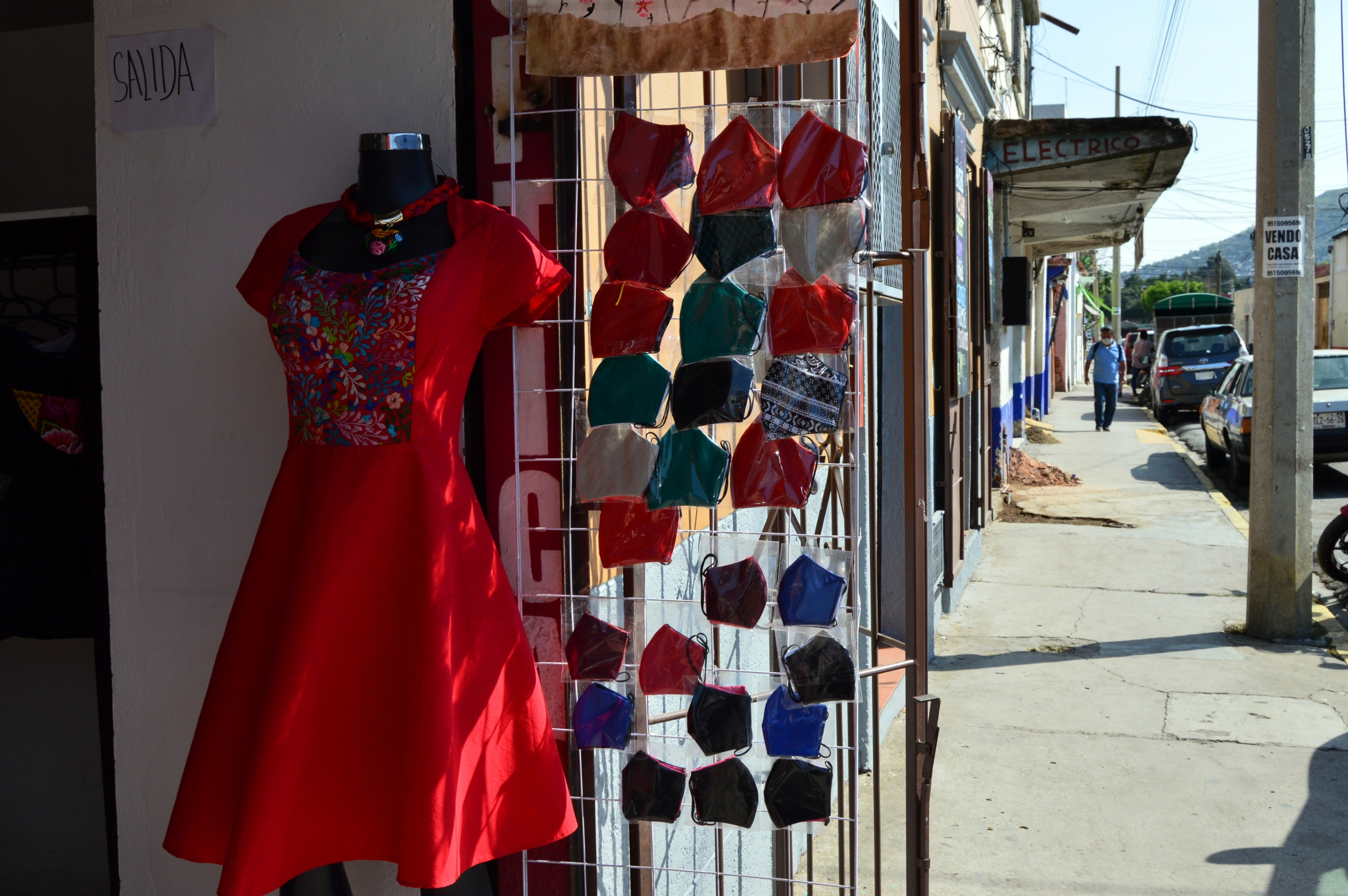 Many shops in Mexico have shifted to face mask production to stay afloat during the pandemic.