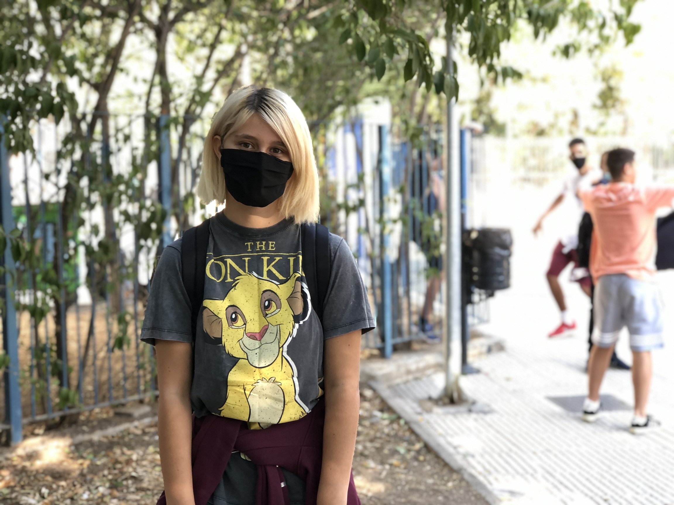 Efremia Kalogirou, a senior at the 5th Public High School of Egaleo, says she has a teacher who doesn't believe in wearing masks and won't do so in the classroom, even though he's required to. When she tried to talk to him about it, he dismissed her.