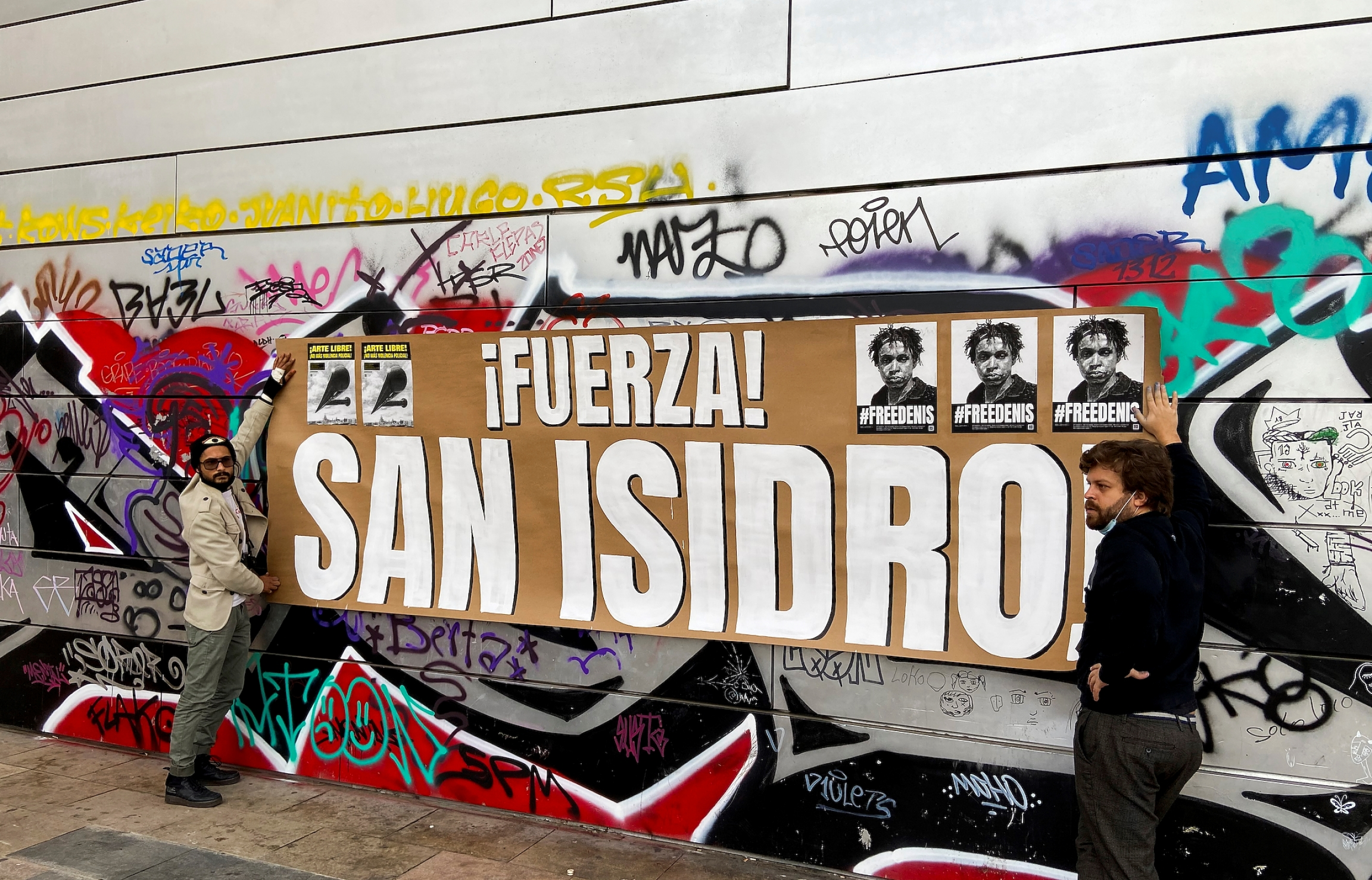 Cubans living in Spain show their support for the San Isidro Movement and the jailed rapper Denis Solís.