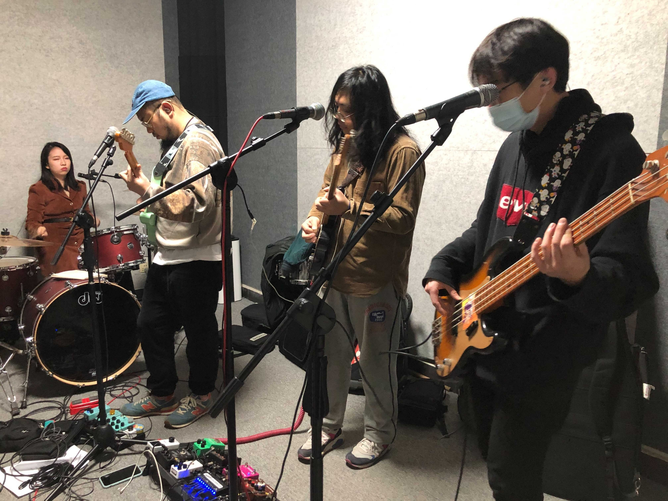 The indie band Chinese Football rehearses.