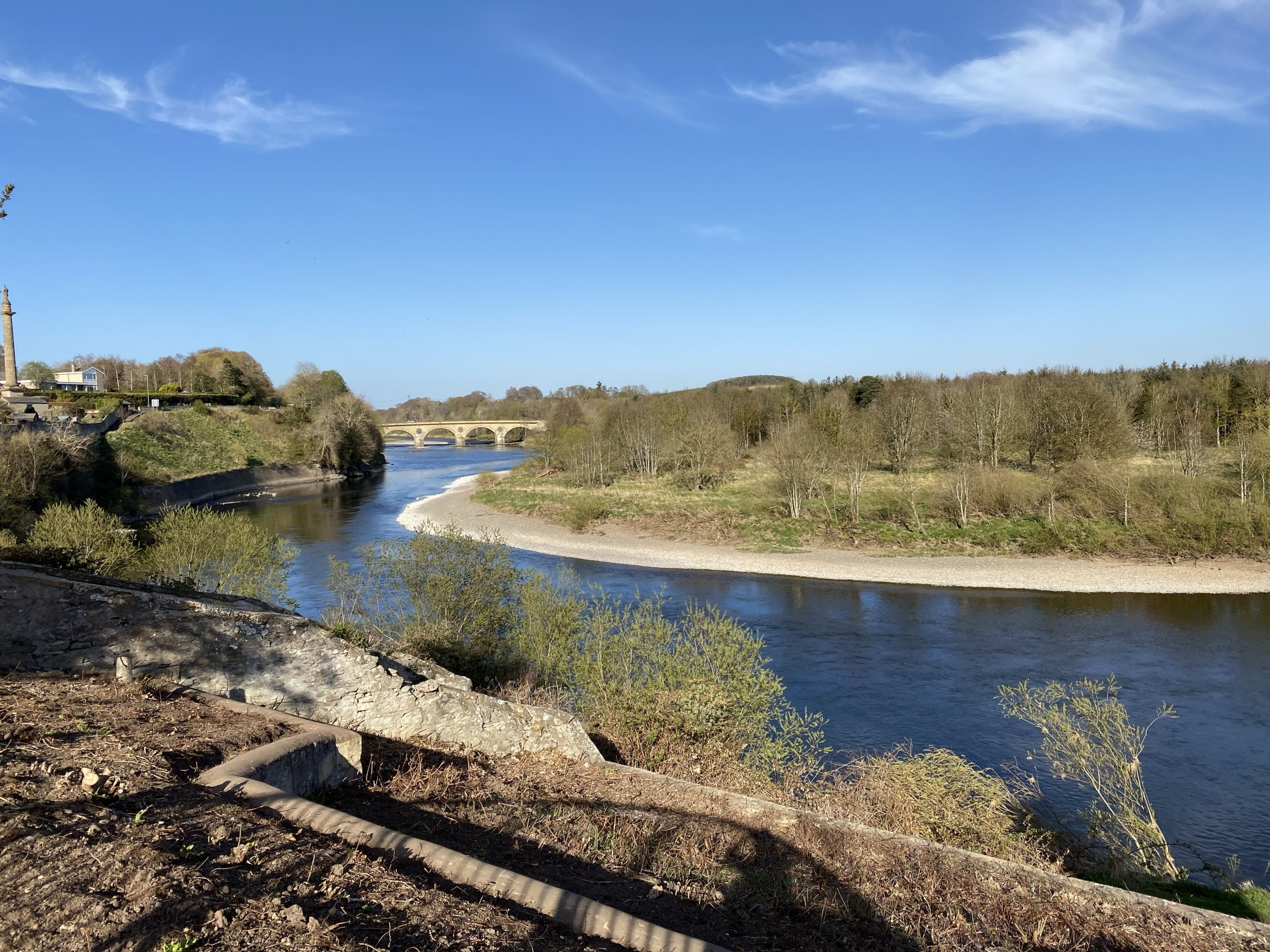 The bridge passing over the River Tweed, demarcating the border between England and Scotland.