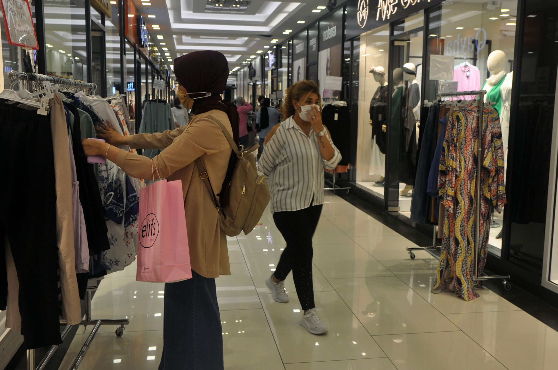 Women shop at Zeruj Port Shopping Mall in Istanbul, which is primarily devoted to modest fashion.