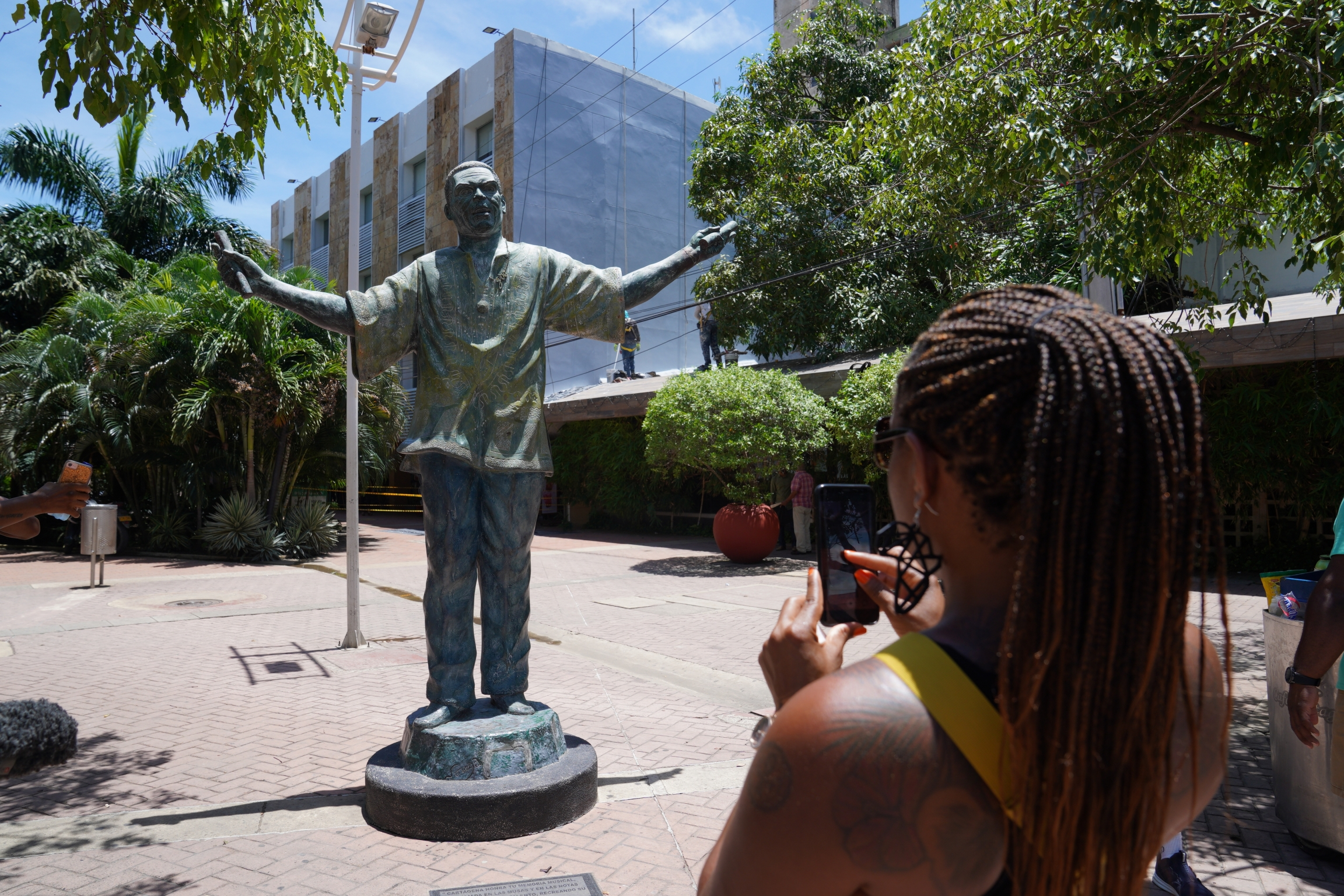 Rocha's tour passes by the statue of Joe Arroyo, one of Colombia's most famous musicians