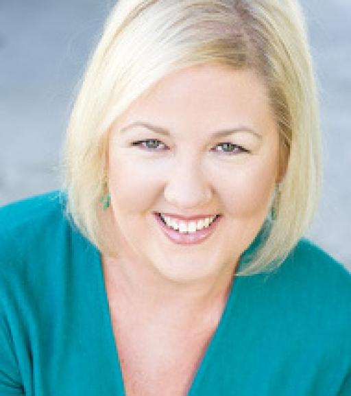 Tess Vigeland headshot