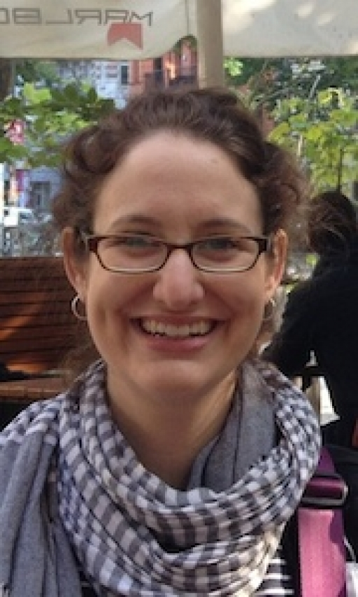 Annie Minoff