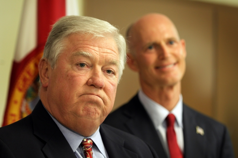 <p>Mississippi Governor Haley Barbour speaks to the media at the Sweetwater Youth Center on August 31, 2010 in Sweetwater, Florida accompanied by Rick Scott, the Republican candidate for governor of Florida.</p>