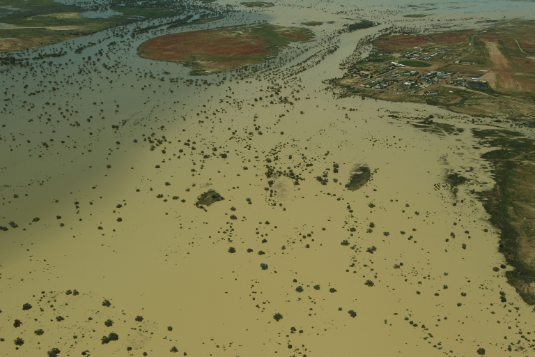 <p>The flooded Diamantina River around Birdsville, Australia, is seen from the air with the on March 28, 2011. Queensland suffered a series of extreme floods from December 2010 to January 2011, affecting more than 200,000 people across more than 70 towns.</p>