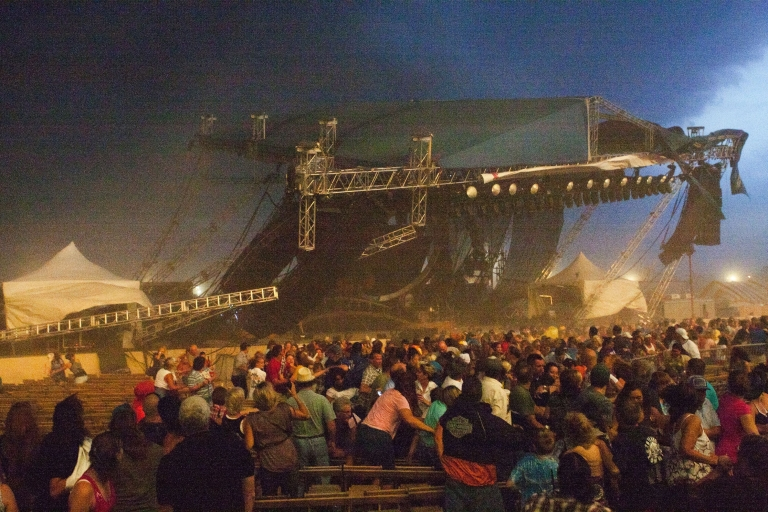 <p>The stage collapses at the Indiana State Fair August 13, 2011 in Indianapolis, Indiana. The stage fell just before country duo Sugarland were scheduled to perform, killing five people.</p>