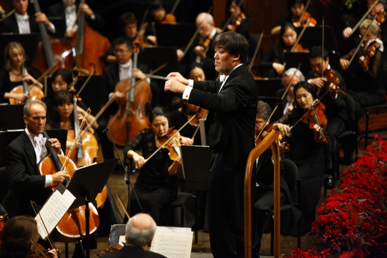 <p>Music Director of New York Philharmonic, Alan Gilbert conducts the New York Philharmonic Orchestra during the Opening Night Gala of New York Philharmonic sponsored by Breguet at Avery Fisher Hall at Lincoln Center for the Performing Arts on September 21, 2011 in New York City.</p>