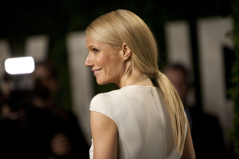 <p>Actress Gwyneth Paltrow arrives to the Vanity Fair Oscar Party, for the 84th Annual Academy Awards, at the Sunset Tower on February 26, 2012 in West Hollywood, California.</p>