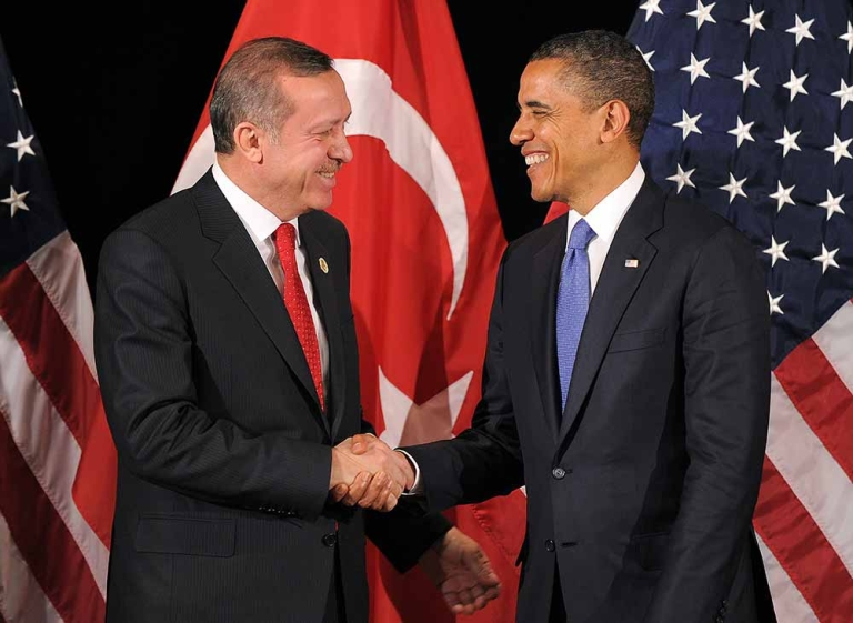 <p>US President Barack Obama (R) shakes hands with Turkish Prime Minister Recep Tayyip Erdogan after their bilateral meeting in Seoul on March 25, 2012 on the eve of the 2012 Seoul Nuclear Security Summit.</p>