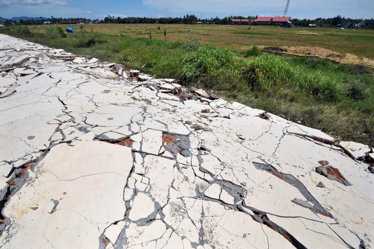 <p>A new study showed that a massive earthquake in Sumatra was caused by up to five faults in the Earth.</p>