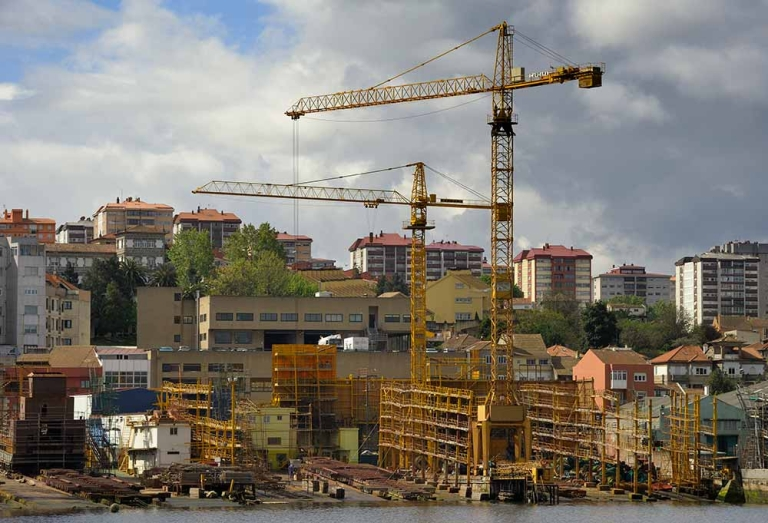 <p>Cranes stand idle at an empty shipyard in Vigo due to a loss of orders on April 27, 2012. Spain's jobless rate soared to a record 24.4 percent in a deepening recession in the first quarter, data showed today, piling on the misery hours after a sharp credit-rating downgrade.</p>