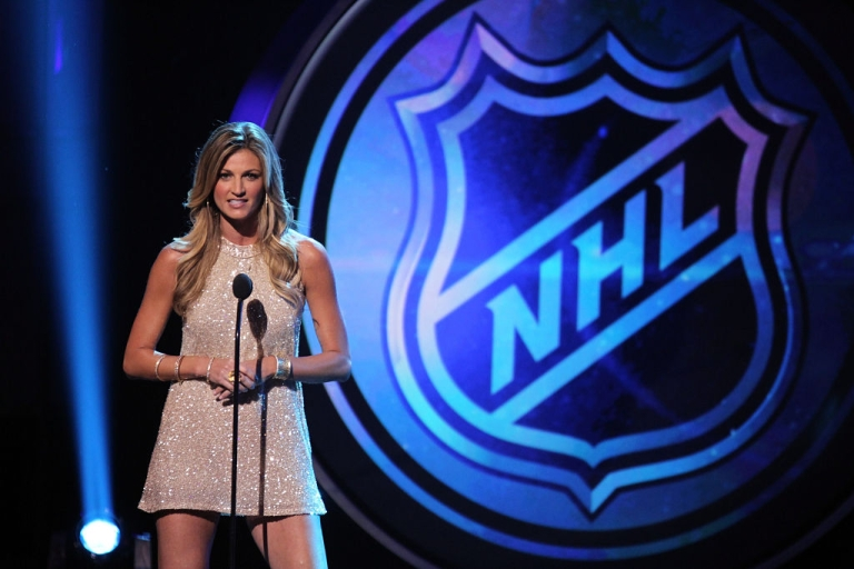 <p>LAS VEGAS, NV - JUNE 20: TV personality Erin Andrews presents an award during the 2012 NHL Awards at the Encore Theater at the Wynn Las Vegas on June 20, 2012 in Las Vegas, Nevada.</p>