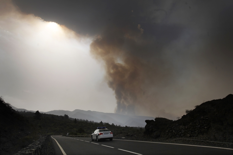 <p>Researchers say that they have discovered the triggering mechanism behind major volcanic explosions.</p>