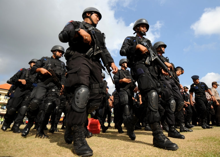 <p>Indonesian police hold a roll call as part of a security preparation ahead of a commemoration ceremony to mark the 10th anniversary of the attack in Denpasar on the Indonesian resort island of Bali on October 10, 2012.</p>