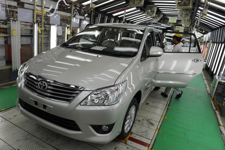 <p>Toyota has agreed to pay $1.1 billion to consumers over acceleration problems with its vehicles several years ago.</p>