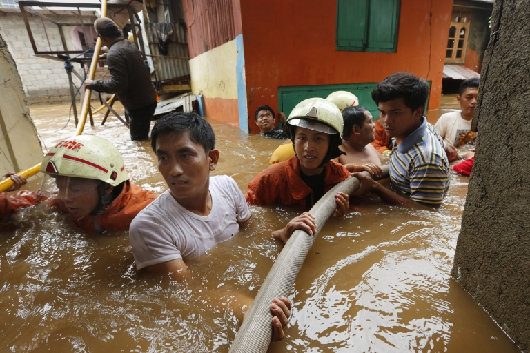 <p>Heavy monsoon rains have caused severe flooding around the Indonesian capital Jakarta killing at least 12 dead and displacing thousands.</p>