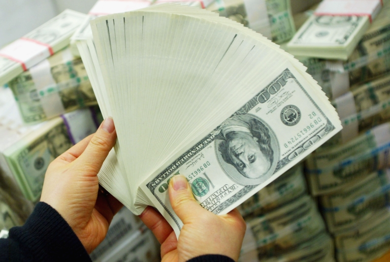 <p>The average family net worth dropped 40 percent from 2007-2010, according to the Fed.</p>