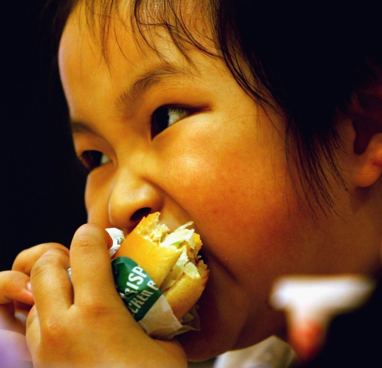 <p>New research out of Northwestern University says children living in cities may be more prone to food allergies.</p>