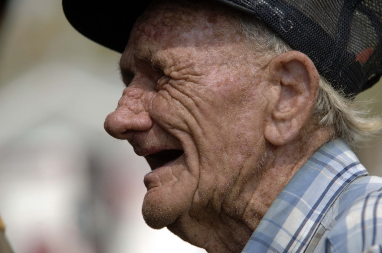 <p>Johns Hopkins researchers found that elderly people with bad hearing suffered more memory and cognitive problems than those who did not.</p>