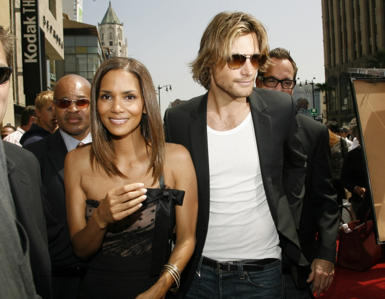<p>Actress Halle Berry and companion Gabriel Aubry attend a ceremony honoring her with a star on the Hollywood Walk of Fame April 3, 2007 in Hollywood, California.</p>