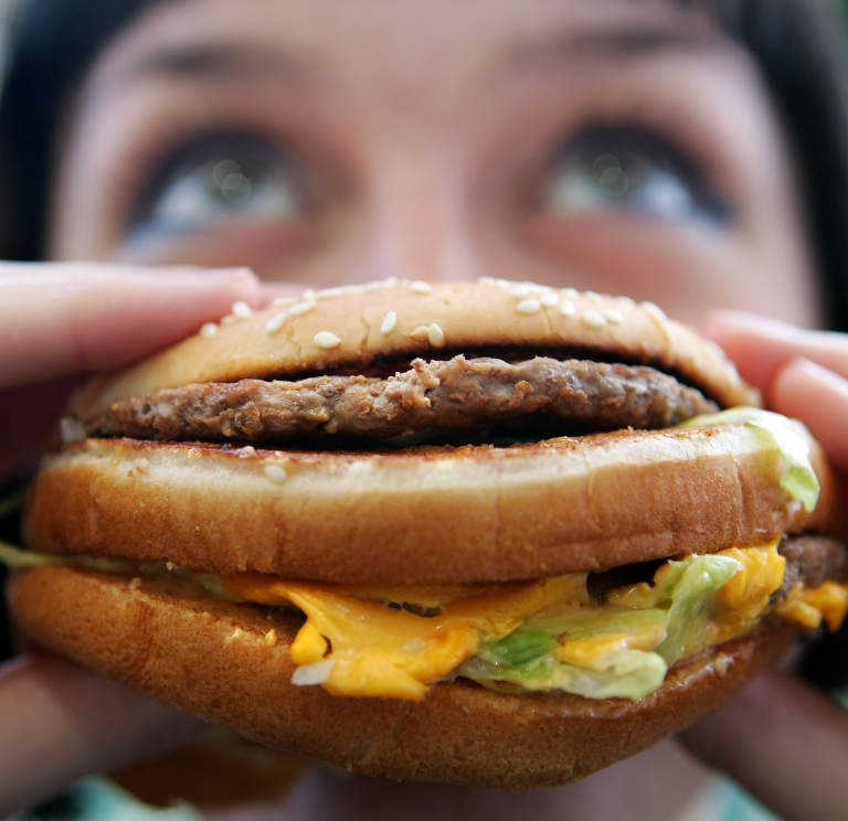 <p>McDonald's Canada is showing you how to make a Big Mac at home.</p>