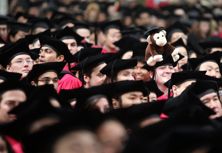 <p>Canadians are the most educated adults yet earn less than their peers in other countries, said a new OECD report.</p>