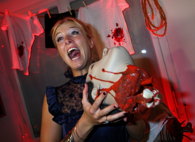<p>Horror movies can help people burn calories and lose weight a new study shows.</p>