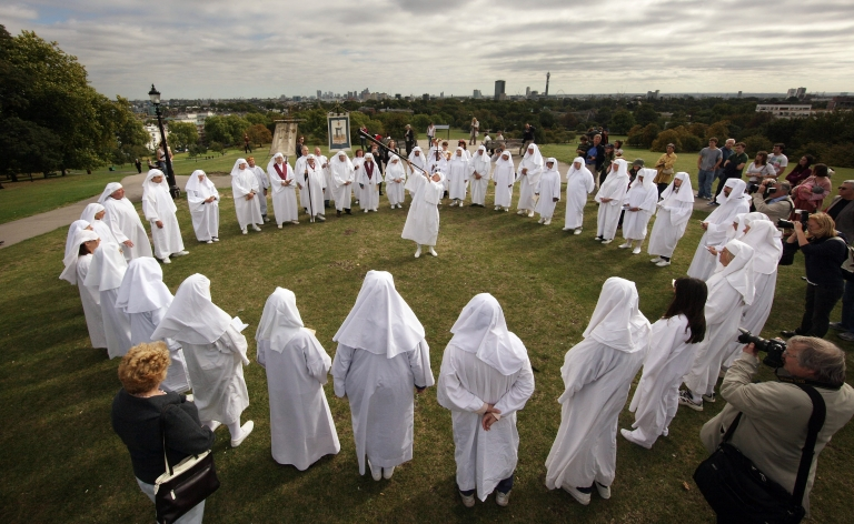 <p>Druids celebrate the Autumn equinox on Primrose Hill  on September 22, 2009 in London, England. The ceremony is one of three events staged by the order  with the Spring Equinox ceremony at Tower Hill and the Summer Solstice held at Stonehenge.</p>