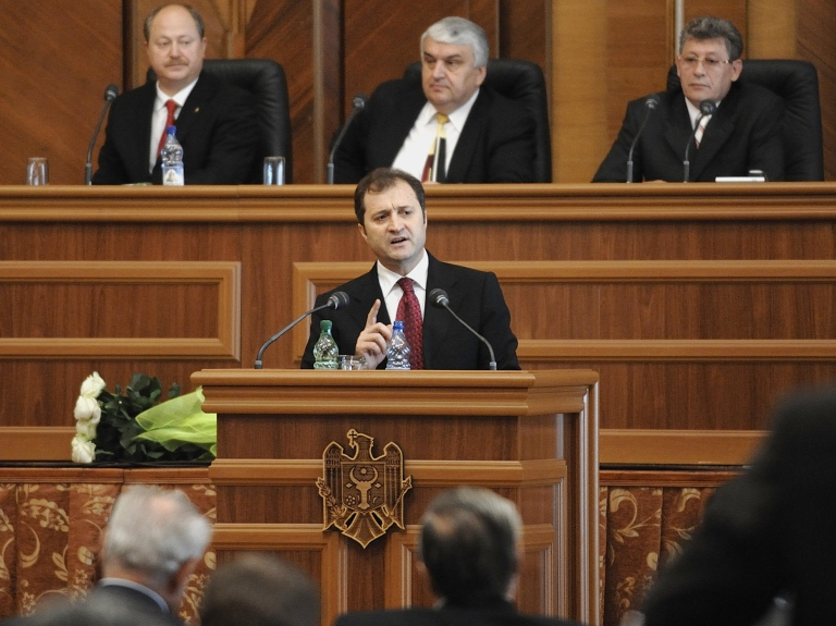 <p>The Moldovan parliament on Tuesday dismissed Prime Minister Vlad Filat with a no-confidence vote.</p>