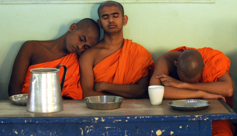 <p>A new study shows that staying up all night to study is basically useless.</p>