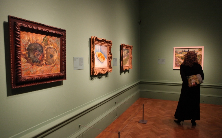 <p>Researchers found that Van Gogh's