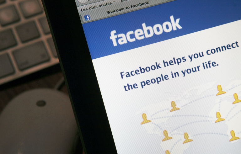 <p>Iran gets friendly with Facebook.</p>