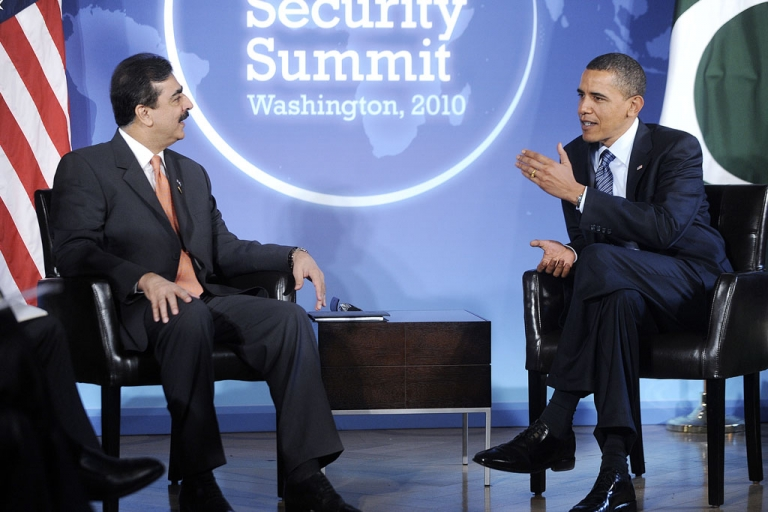 <p>Pakistani Prime Minister Yousaf Raza Gilani speaks with U.S. President Barack Obama on April 11, 2010, in Washington, DC. The 2 leaders are to meet again next week in South Korea.</p>