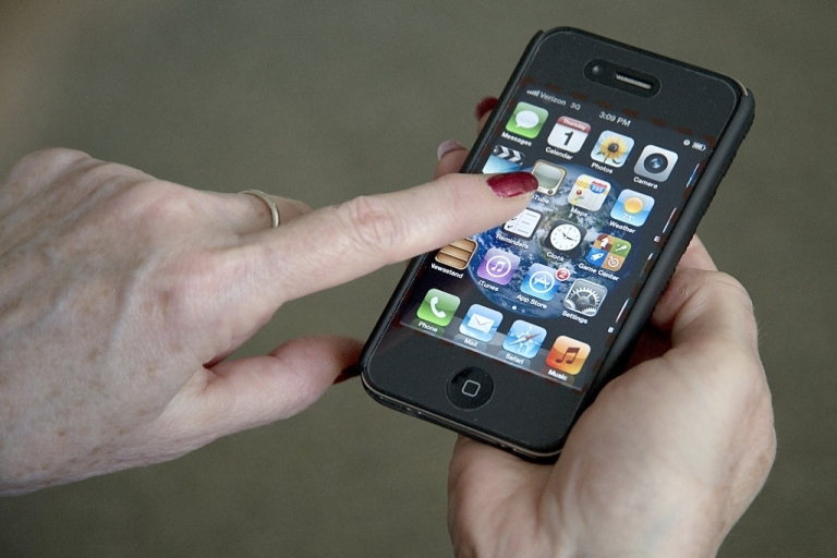 <p>Apple will reportedly unveil its next iPhone in late September.</p>