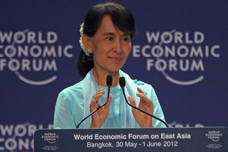 <p>Myanmar democracy icon Aung San Suu Kyi speaks during the 21st World Economic Forum on East Asia in bangkok on June 1, 2012.</p>