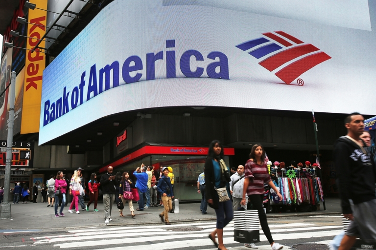 <p>The US government sued Bank of America on Oct. 24, 2012 for $1 billion over allegedly bad loans sold to Fannie Mae and Freddie Mac.</p>
