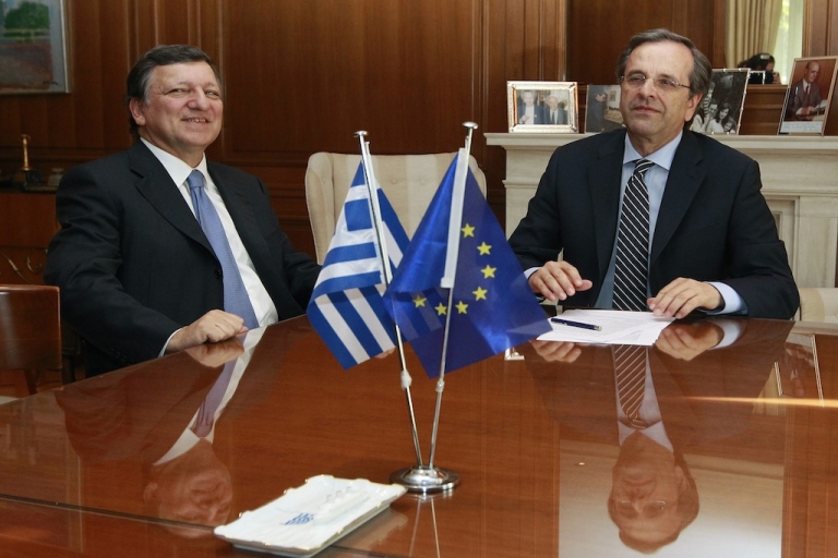<p>Greek Prime Minister Antonis Samaras (R) meets EU Commission President Jose Manuel Barroso at Samaras' office in Athens July 26, 2012. Greece must present the budget cut plan for 2013-2014 to a team of inspectors from the troika of international lenders visiting Greece this week to assess progress before releasing more funds to the cash-strapped country.</p>