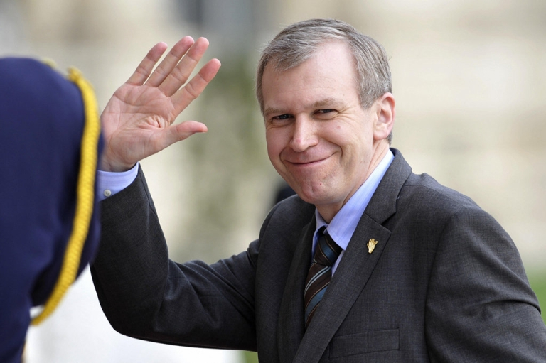 <p>Belgian Prime Minister Yves Leterme waves as he arrives to attend the NATO-Ukraine Commission meeting on the last day of the NATO summit at the Palace of Parliament in Bucharest on April 4, 2008. Last week, Leterme announced he was resigning to take a job at the OECD.</p>