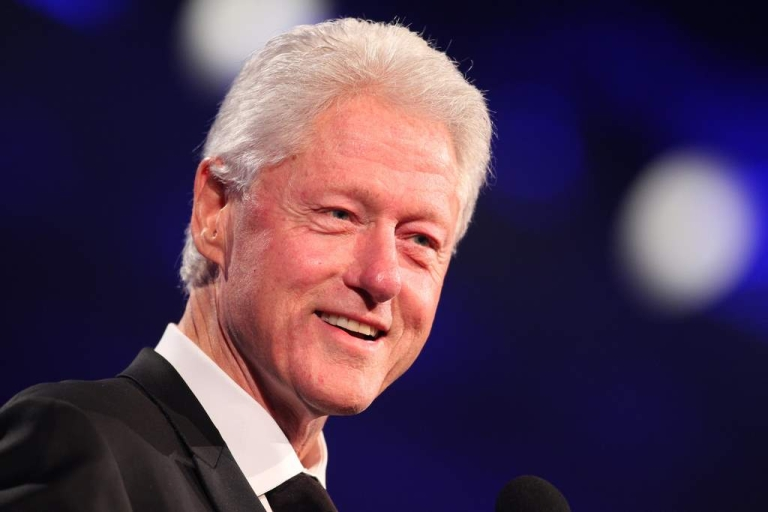 <p>Former President Bill Clinton attends the Starkey Hearing Foundation's 'So The World May Hear Awards Gala' 2011 at River Centre on July 24, 2011 in St. Paul, Minnesota. On Thursday, CNN released an video of an interview with Clinton where he discussed his new diet.</p>
