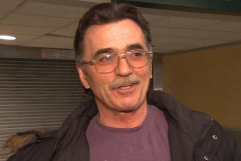 <p>Canadian Bob Erb speaks to CBC News about his $25-million lottery prize.</p>