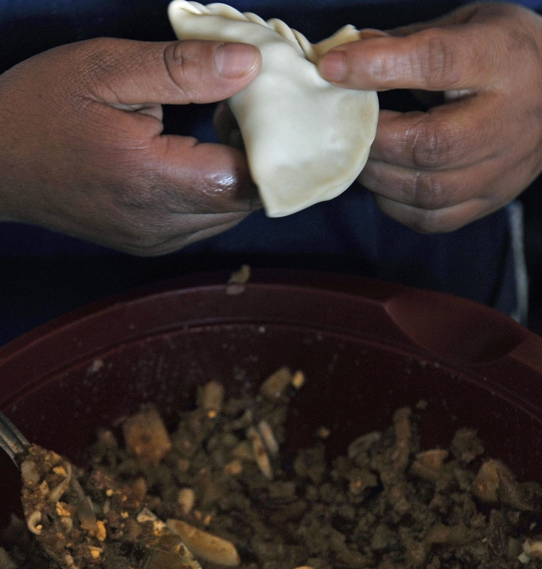 <p>Garanhuns Police Commander Democrito de Oliveira told a news conference the suspects had confessed to eating their victims' flesh, and that one of the female suspects said she had used the flesh for making empanada pasties which she sold in the town.</p>
