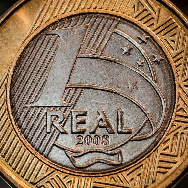 <p>A close-up of a Brazilian one-real coin at Bovespa stock exchange in São Paulo, Brazil, on May 3, 2012.</p>
