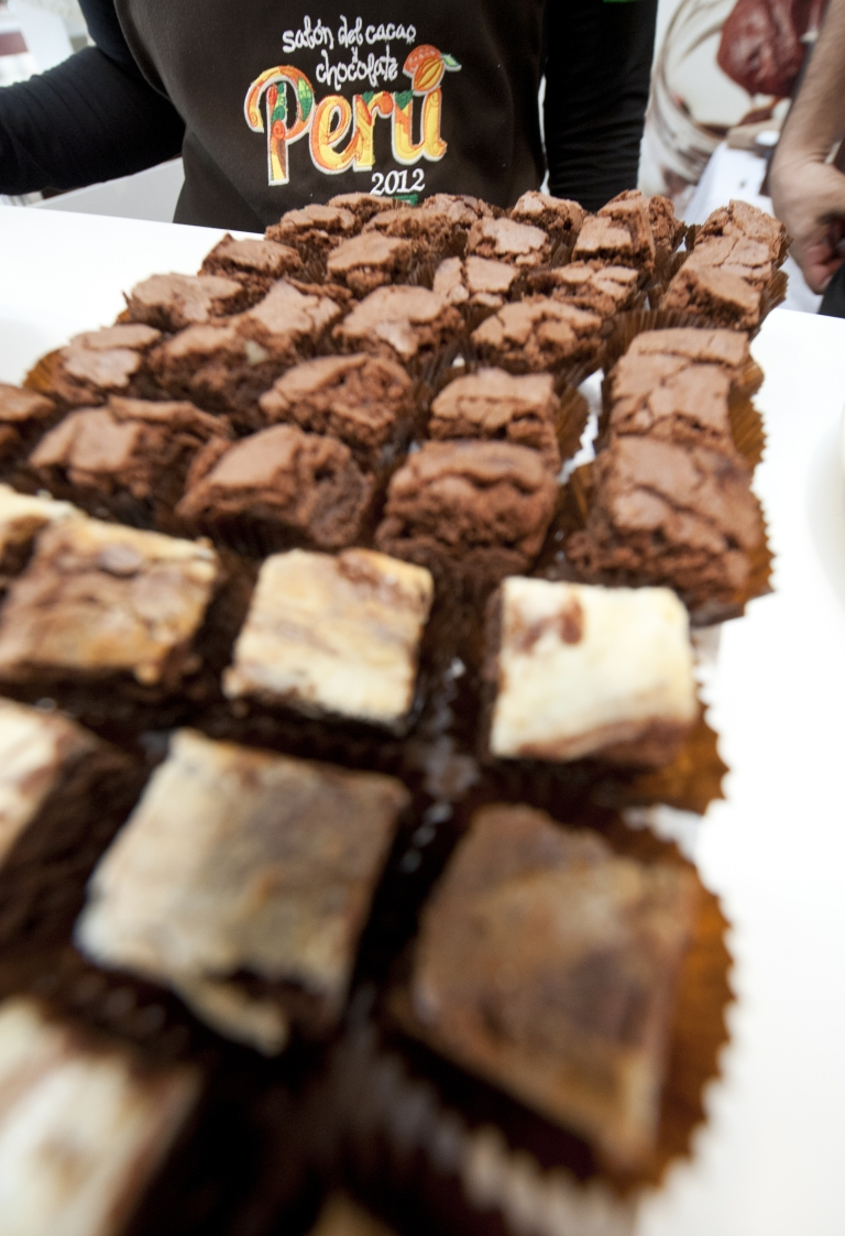 <p>Two students gave the pot brownies to their unsuspecting professor and classmates during