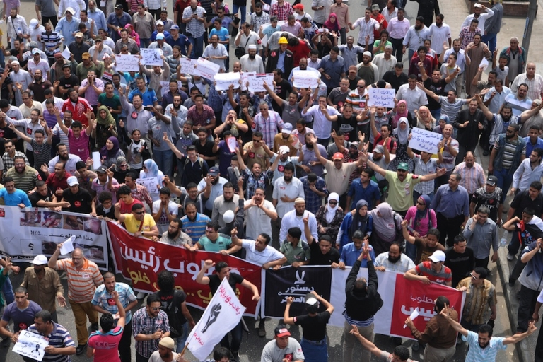 <p>Thousands in Egypt took to the streets after the Friday noon prayers, days after bloody clashes near the defense ministry raised tensions ahead of landmark presidential elections.</p>